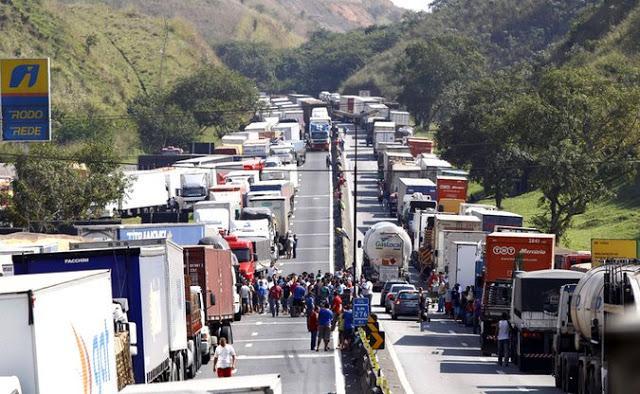 Caminhoneiros anunciam nova mobilização após o feriado da Independência