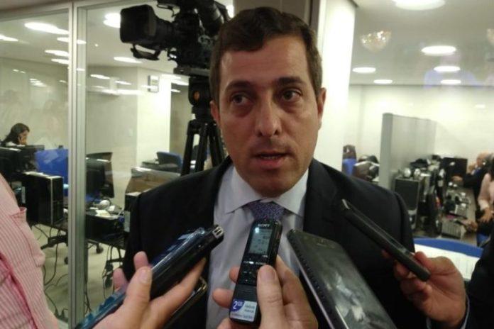 Gervásio segue parecer jurídico e anula votação de PEC que extinguia eleição antecipada na ALPB