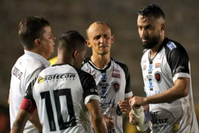 CBF muda horário do jogo do Botafogo-PB e data de Ferroviário x Treze