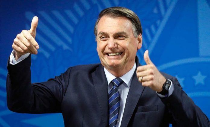 """Governador tacha de """"baixaria"""" novo ataque de Bolsonaro aos nordestinos"""
