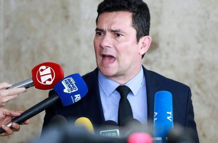 Jornalista paraibana usa redes sociais para fazer desafio a Sergio Moro