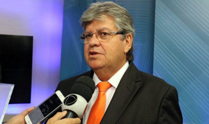 João Azevêdo tenta destravar empréstimos para a PB que somam quase R$ 800 milhões