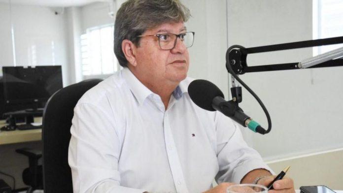 João anuncia calendário de pagamento com reajuste dos servidores estaduais