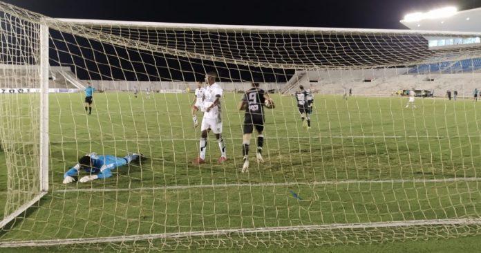 Treze bate Botafogo-PB nos pênaltis e se garante na final do Paraibano