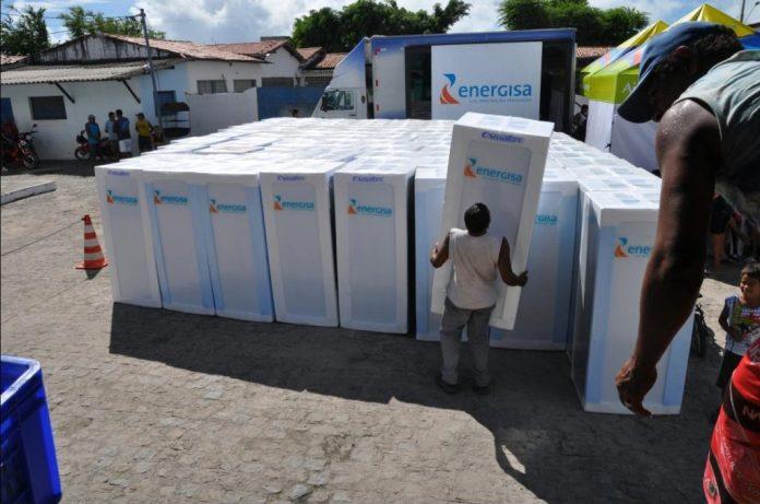 Energisa retoma 'Nossa Energia' e promove troca de lâmpadas e geladeiras