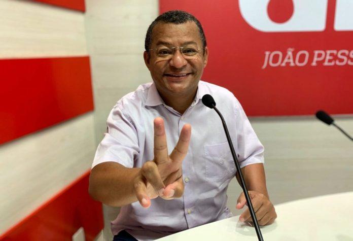 Nilvan afirma que vai subsidiar passagens de ônibus em João Pessoa