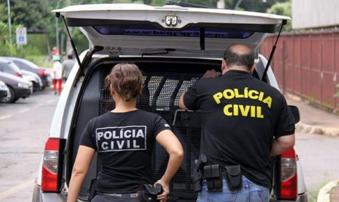 Polícia prende na PB dois suspeitos de tráfico internacional de drogas