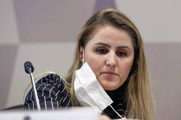 Ex-coordenadora critica postura de Bolsonaro e diz que faltou vacina