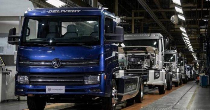 Caminhão 100% elétrico chega às concessionárias brasileiras