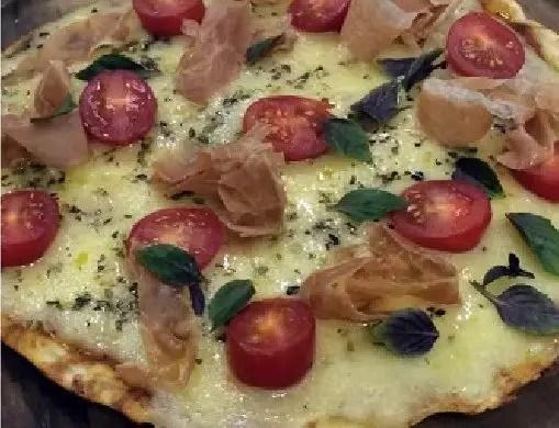 pizza-pao-de-queijo-sem-gluten