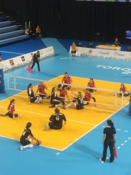 Torino Paralympics Handball 2006, 2 teams sitting down on court