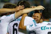 El León golea al Morelia y se cuela a semifinales