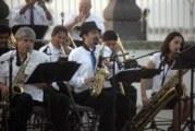 """""""MayoFest"""" arrancó con dos sedes de conciertos sobre el Malecón"""