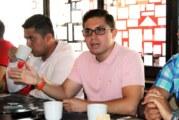 Sufren universitarios de falta de empleo al egresar, reconoce Alan Alvarado Peña