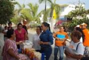 En sus hogares, reciben las propuestas legislativas de Claudia Díaz de Sandi