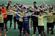 Espectacular ambiente en el primer entrenamiento de Maradona con Dorados