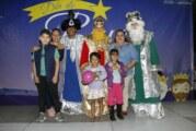 Familias de Ixtapa y Las Palmas celebran el Día de Reyes