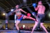 Noche espectacular de Arena Wars en San Vicente
