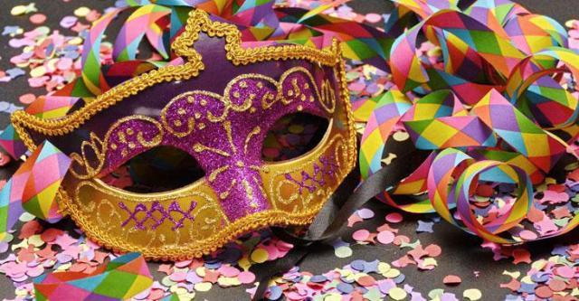 apokriatiki-maska