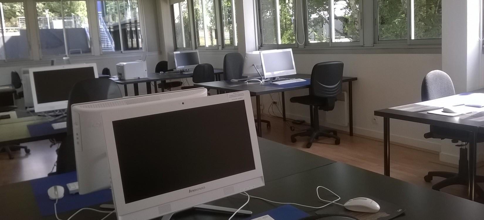 Salle bureautique2