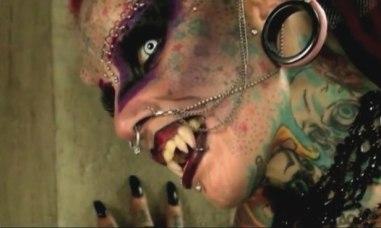 Vampire-Woman-Returns