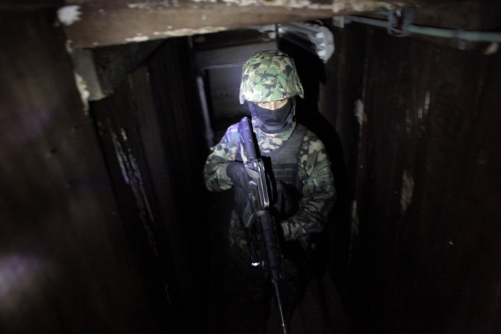 Chapo Guzman tunel