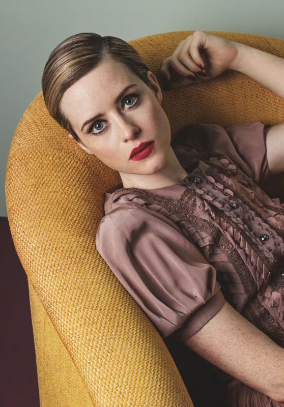 claire-foy-vogue-uk-november-2017-10_thumbnail