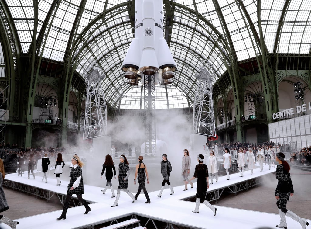 Chanel-Fashion-Show-Sets
