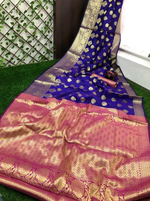 Banarasi silk saree with heavy pallu