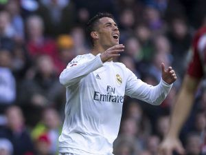 MADRID, SPAIN - FEBRUARY 27:  Cristiano Ronaldo of Real Madrid CF reacts as he fail to score during the La Liga match between Real Madrid CF and Club Atletico de Madrid at Estadio Santiago Bernabeu on February 27, 2016 in Madrid, Spain.  (Photo by Gonzalo Arroyo Moreno/Getty Images)