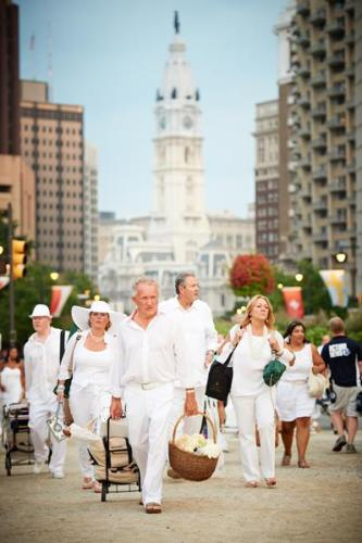 Diner en Blanc 2012 Philadelphia photo 75