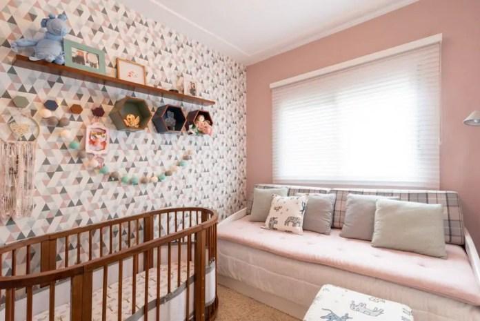 Poltrona de amamentação: como deve ser o móvel ideal para os cuidados do bebê