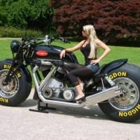 GunBus 410: a maior moto do mundo