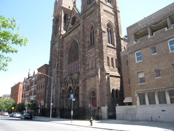 Trinity_Church_Brooklyn_NY_9141.jpg