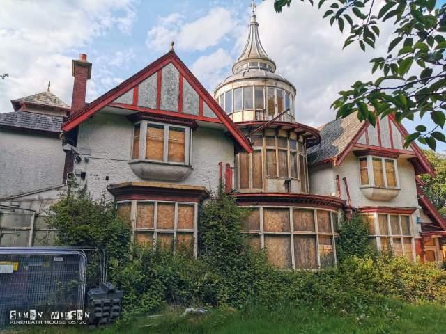 Pineheath House | Urban Explore