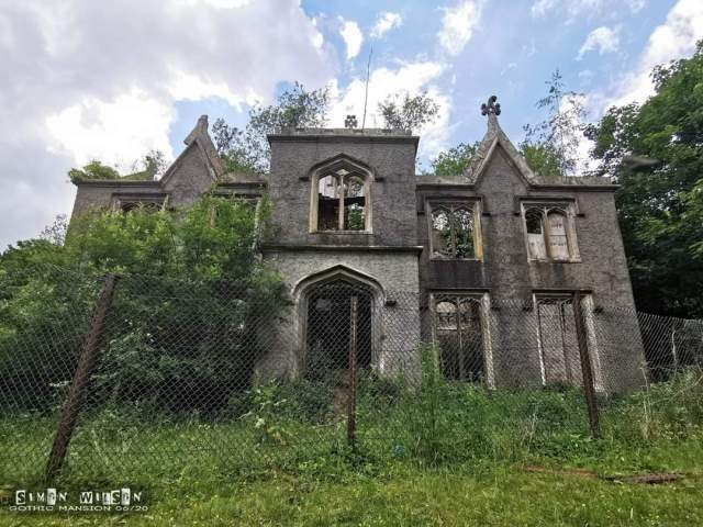 The Gothic Mansion | Urban Exploring