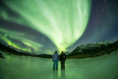 Des aurores boréales dans le sud-est des USA créent la stupeur chez les habitants