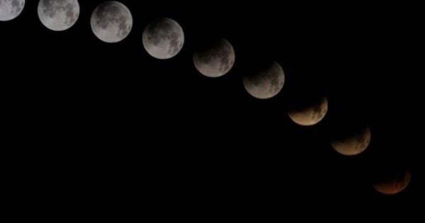 Les plus belles images de l'éclipse totale de Lune du 15 avril 2014