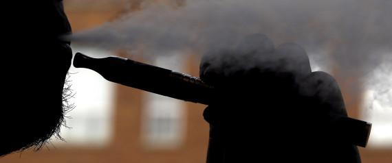 Un homme prend feu avec sa cigarette électronique