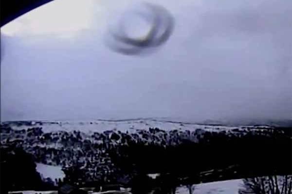 Un Ovni survole Hessdalen en Norvège