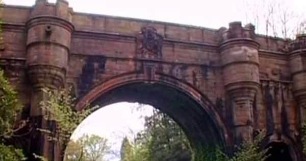 Ecosse : Tous les chiens qui passent sur ce pont se suicident.