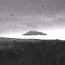 Un gigantesque OVNI triangulaire au-dessus de la Norvège