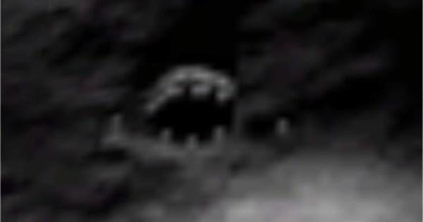 Existe-t-il une vie extraterrestre sur la lune? Cette vidéo le suggère