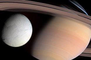 """Chercheur de la NASA: des ovnis géants """"prolifèrent"""" dans les anneaux de Saturne"""