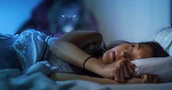 16 signes qu'un fantôme ou un esprit vous rend visite