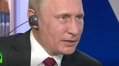 Vladimir Poutine : « Les Hommes en Noir dirigent la Politique Américaine »