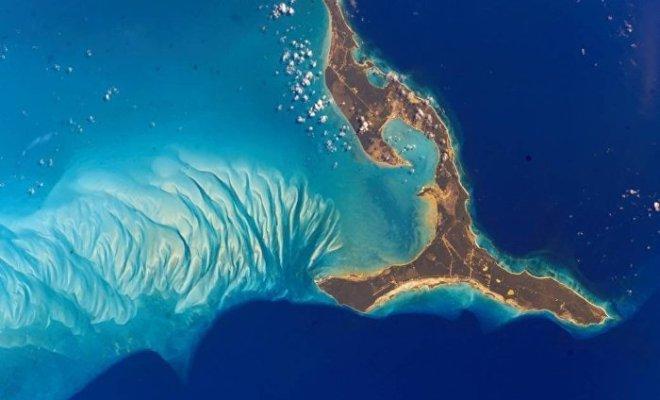 Vidéo: Des «pyramides» mystérieuses découvertes au fond de l'océan Atlantique