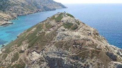 Des archéologues découvrent des preuves d'une technologie « inhabituellement sophistiquée » sous l'ancienne « pyramide » de l'île grecque de Kéros