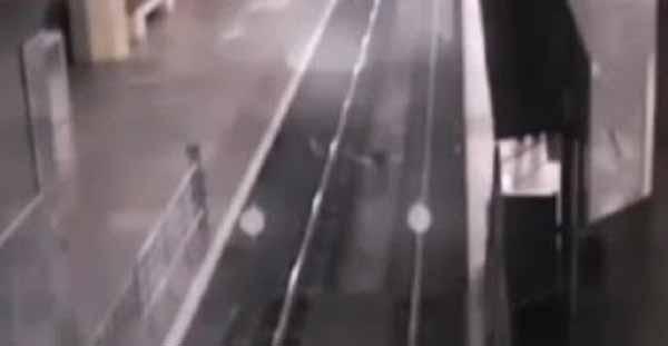 Un train fantôme a été pris en vidéo en Chine
