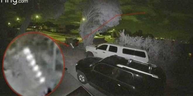 D'étranges lumières filmées par une caméra de surveillance à Hawaï